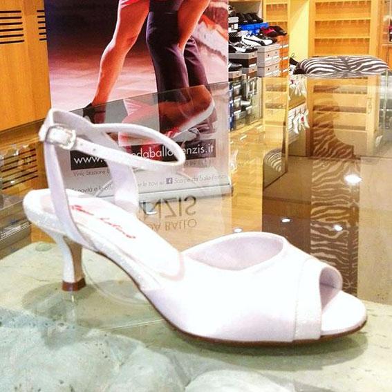 Scarpe Da Sposa Con Tacco Basso.Scarpe Da Sposa A Padova Calzature Eleganti Da Cerimonia